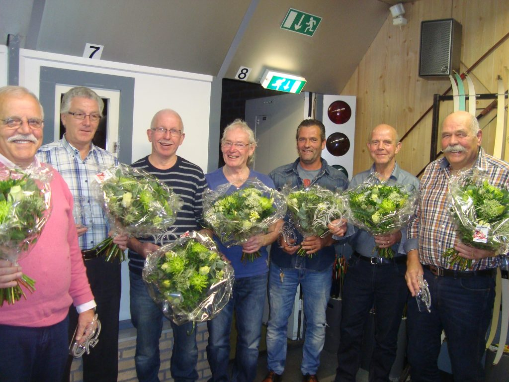Sjaak Simons, Henk Beckers, Tom Bakker, Had Graat, Gert Jan Nijssen, Ger Hendriks en Jan Nijssen